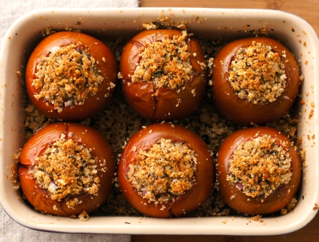 Breadcrumb Stuffed Tomatoes